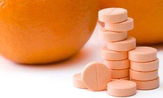 Vitamina C: Ideal para quem treina! Veja 13 Benefícios, fontes e como tomar