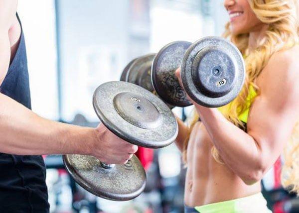 variáveis do treino de força podem influenciar sua composição corporal