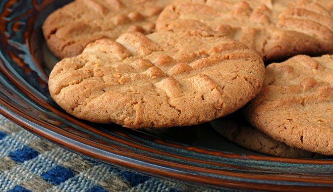 Receita caseira de biscoito com pasta de amendoim integral