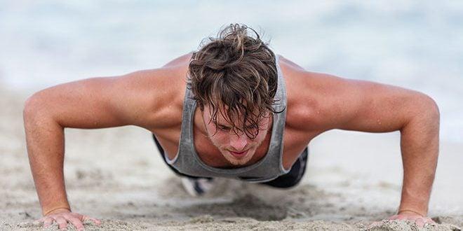 treino musculação praia exercícios