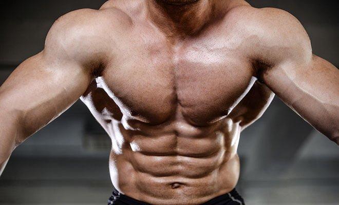 corpo em V ombros fortes
