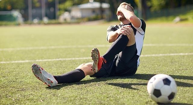 evitar lesões no futebol